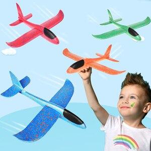 Image 1 - 48*48 cm mano tirar DIY avión volador aviones juguetes para niños regalo de fiesta Avión de espuma juguetes voladores juego de juguete de avión