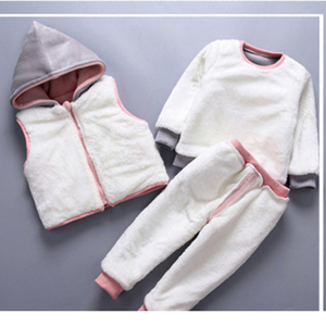 Image 3 - 3pcs/Lot! Winter childrens clothing baby boys girls suit Super warm fleece sweater + Hooded vest + pants Infant thickening suit