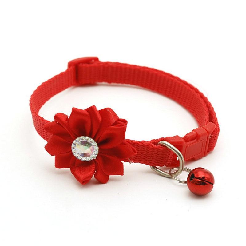 Ошейник для питомца собаки колокольчик цветок ожерелье ошейник для маленькой собаки щенок Пряжка ошейник для кошки колокольчик цветок товары для питомцев аксессуары для собак - Цвет: Red