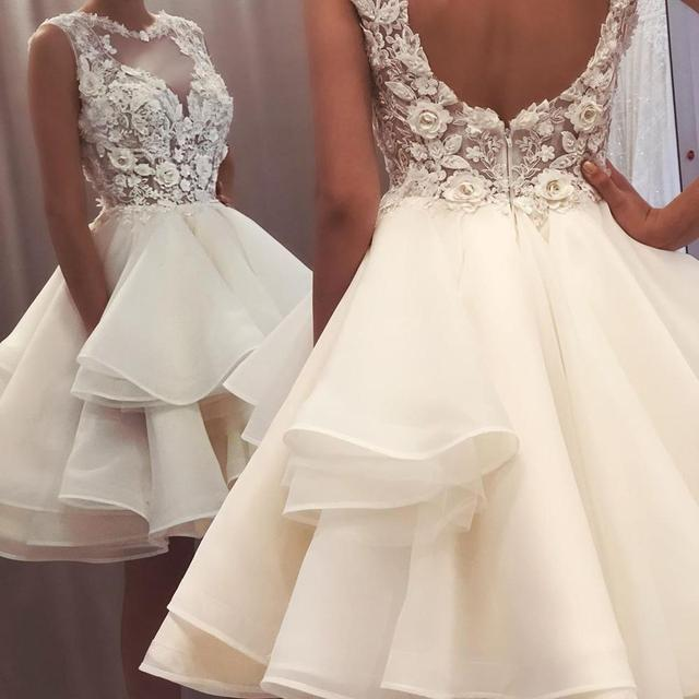 2021 New Lovely Short Lace Sleeveless Bridal Wedding Dresses Knee Length Illusion O Neck Wedding Gowns for Bride Cut Out Back 4
