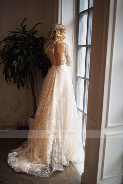 Scoop Scatted Lace Long Sleeves Champagne Wedding Dress Open Back Tulle Applique Fashion Bridal Dress vestidos noiva 5