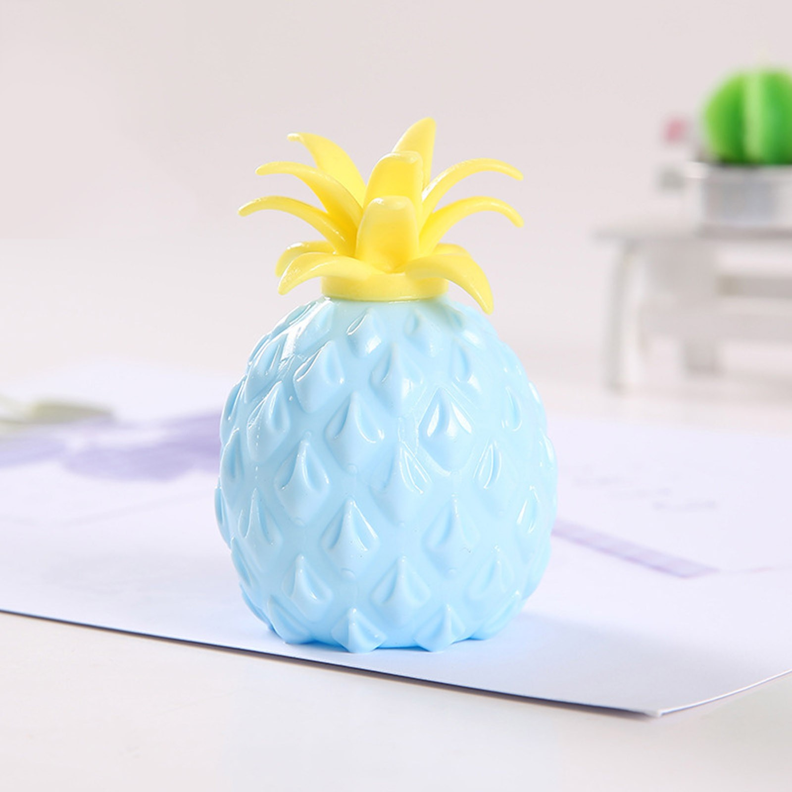 2021 Fidget Toys New Simulation Flour Pineapple Decompression Toy Office Pressure Release img4