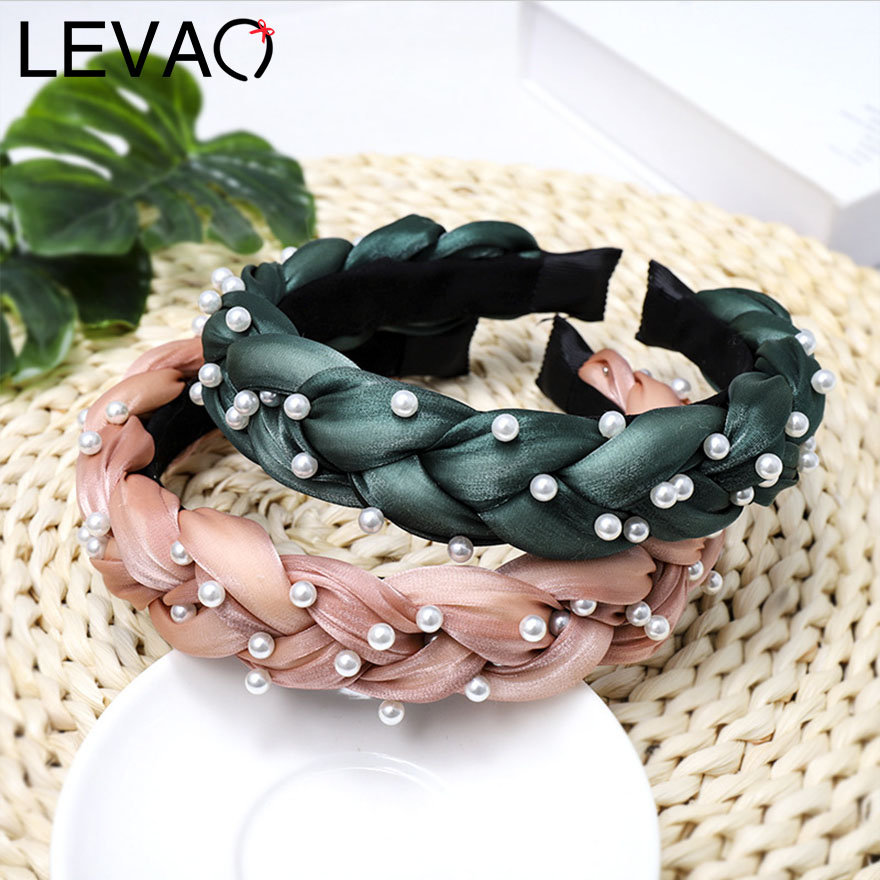 Levao Handmade Twisted Fabric Hairbands For Girls Hair Accessories Novelty Simple Solid Pearls Plastic Hair Hoop For Photography