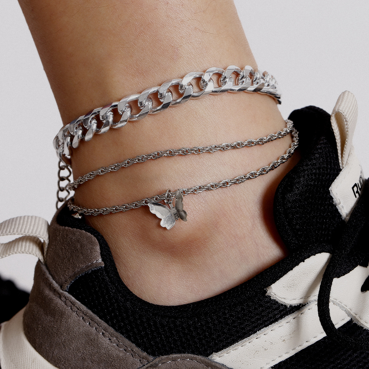 2020 New Simple Chian Butterfly Pendant Anklets For Women Gold Silver Color Twisted Chian Ankle Bracelet on Leg Foot Jewelry