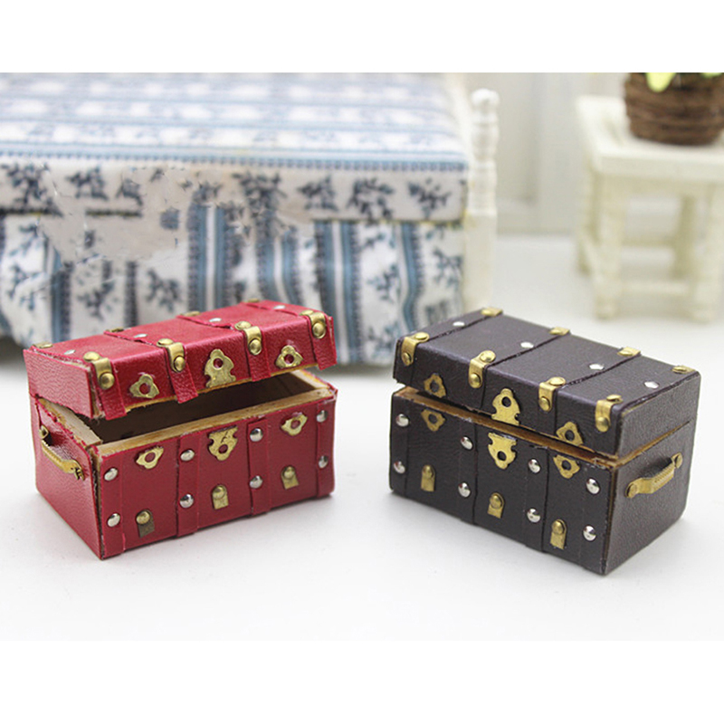 NEW 1:12 Miniature Treasure Chest Wood Case With Leather And Golden Holder Dollhouse Furniture Accessories