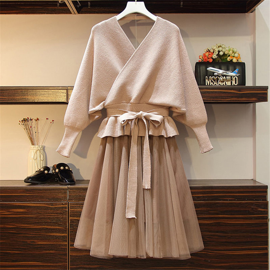 2019 Autumn Winter Women's Two Piece Set Full Sleeve Knitted Sweater Pullovers+ Elastic Waist Lace Stitching Mesh Skirt Sets