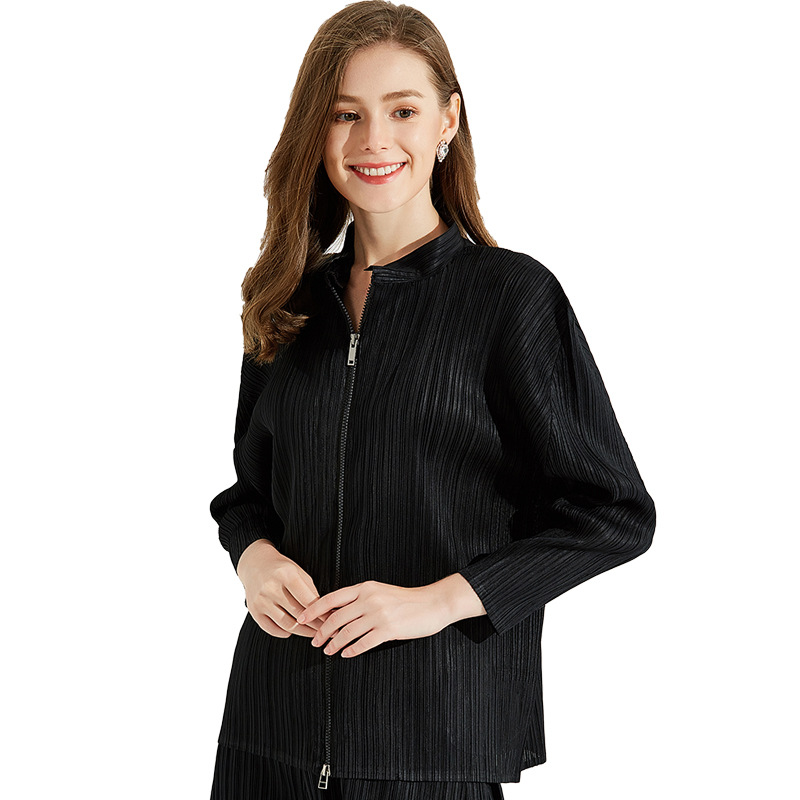 Venta al por mayor talla grande chaqueta mujer otoño 2019 nuevo gran estiramiento Miyake plisado soporte cuello cremallera mangas raglán suelto Casual Tops