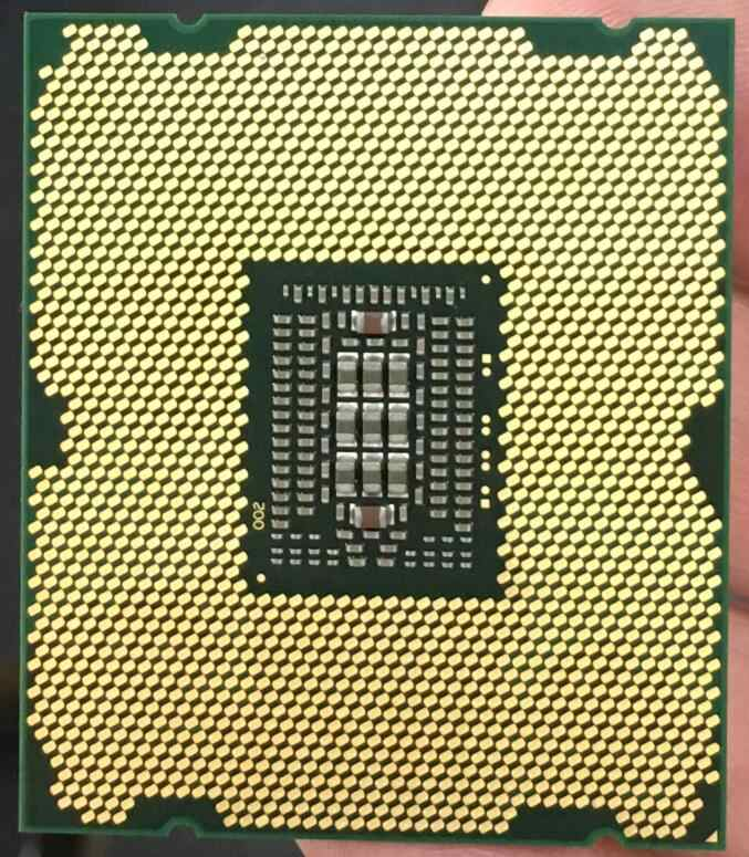 Procesador de escritorio Intel Xeon E5-2689 E5 2689 CPU 2,6 LGA 2011 SROL6, CPU de ocho núcleos, 100% CPU, servidor de trabajo normal