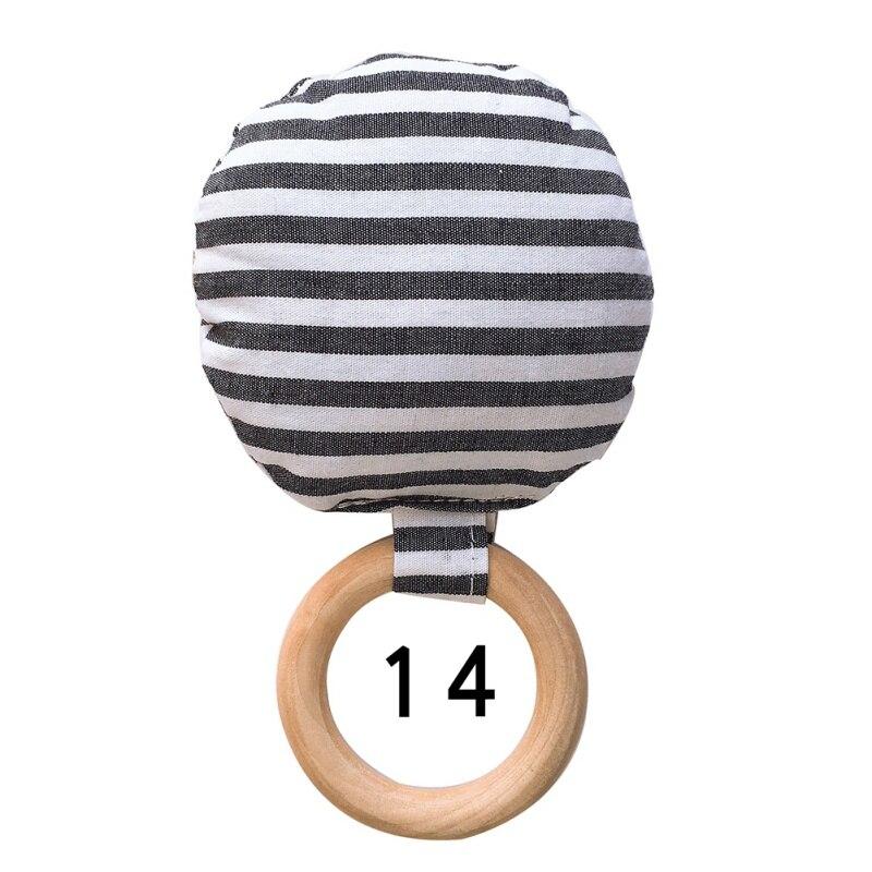 Новорожденный ребенок прорезыватель кольцо Жевательная Прорезыватель портативный ручной безопасная, из дерева натуральное кольцо детские зубы упражняющая игрушка подарок - Цвет: N