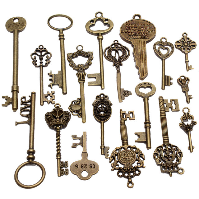 KiWarm DIY 18Pcs Antique Vintage Old Look Skeleton Bronze Key Chain Lot Chic Pendant Heart Bow Lock Steampunk Charms Decorations 6