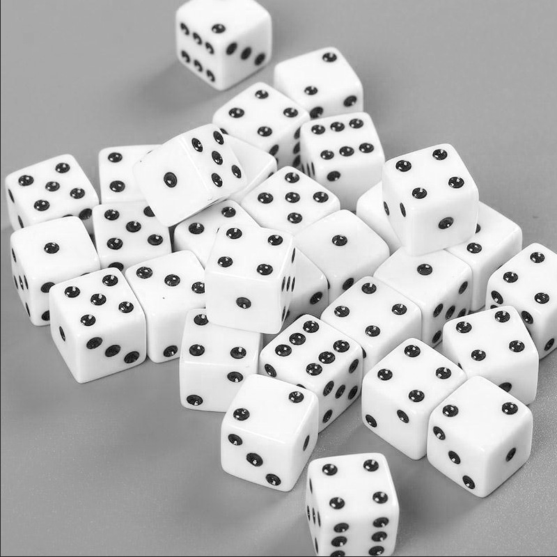 10Pcs Six Sided Square Opaque 10Mm D6 Dice Portable Table Games Tool w//