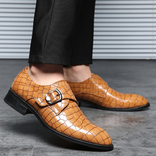 Gingham leather shoes for men Plus size 46-48 Buckle men Oxford shoes Antiskid Wear-resistant Soft Casual shoes men 2019 New все цены