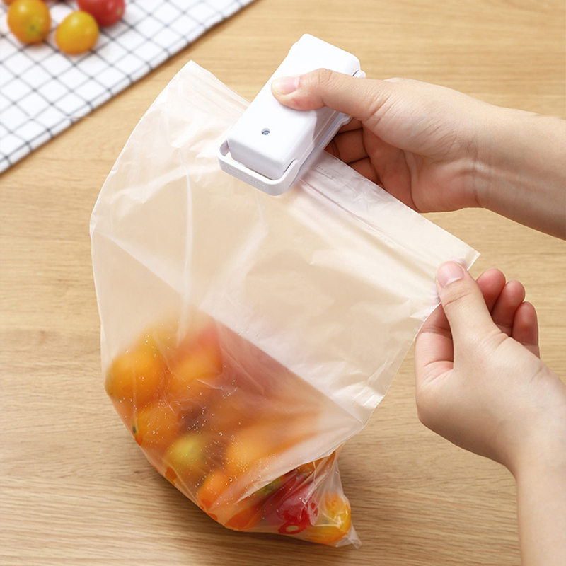 Portable Sealer Plastic Bag Storage Packet Mini Sealing Machine Handy Sealers Easy Resealer For Food Snack Kitchen Accessories 4