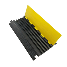 5 Channels PVC Lid Flexible Road Rubber Floor Cable Protector Ramp