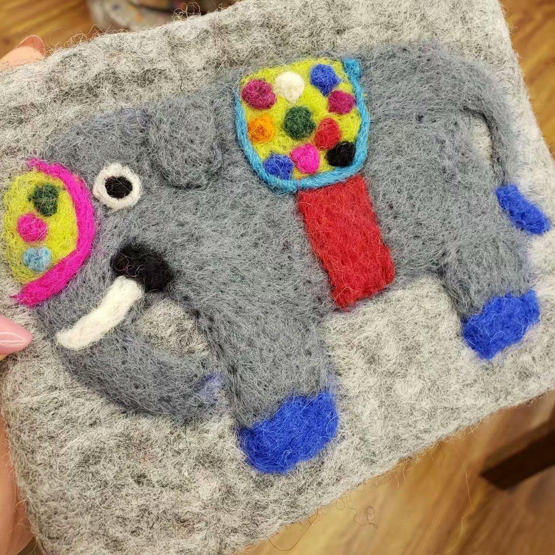 Bala Wool Felt Purse Poke Handmade Wool Felt Creative Wallet Elephant Mobile Phone Bag