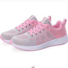 2020 nowych kobiet obuwie moda oddychająca Walking sznurowane płaskie buty Sneakers kobiety Tenis Feminino białe dziergane buty kobieta tanie tanio BURUIJING Podstawowe Mesh (air mesh) RUBBER Lace-up Pasuje prawda na wymiar weź swój normalny rozmiar Na co dzień Szycia