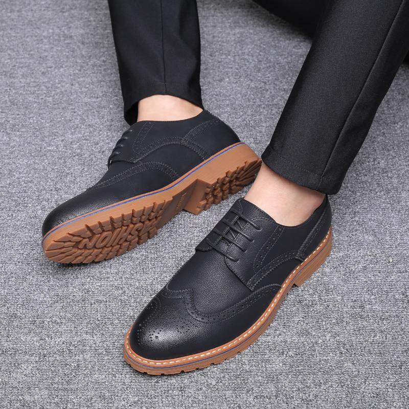 British Style Pointed Shoes High Grade Wedding Lace up Shoes Spring Fall Mens Leather Shoes Formal Business Work Comfy Moccasins