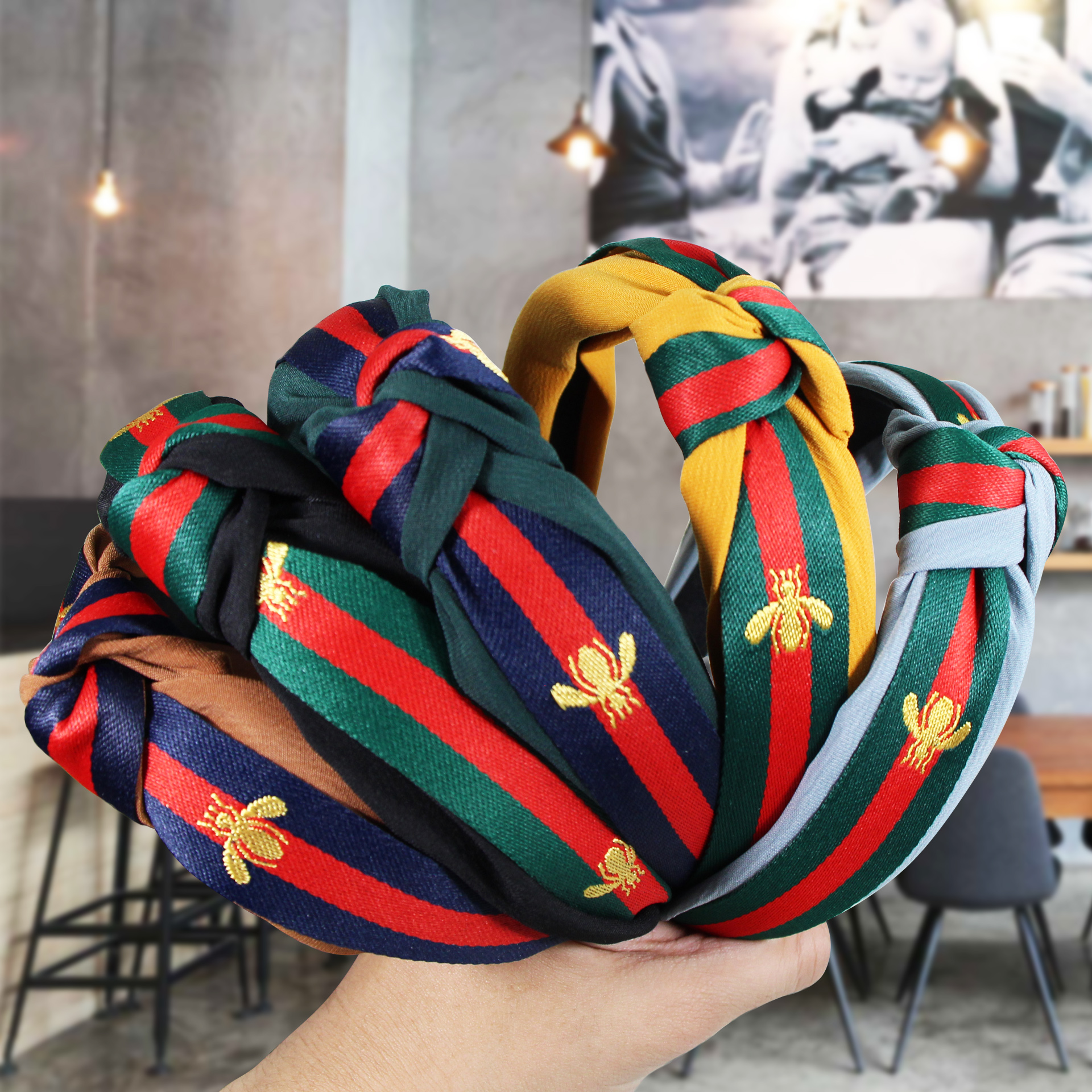 Korean Style Hairband Headband For Women Wide Side Knotted Red And Green Striped Hair Band Bee Wide Side Hairpin Headbands