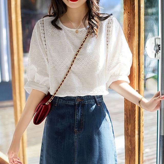 2020 Summer New Korea Fashion Women Lantern Sleeve Loose Shirts Embroidery Cotton Lace O-neck Casual Blouses Plus Size M28 1