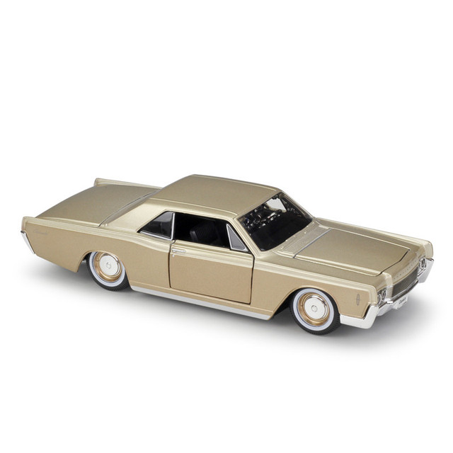 1:26 1966 Lincoln Continental Gold Alloy Luxury Vehicle Diecast Pull Back Cars Model Toy Collection Xmas Gift