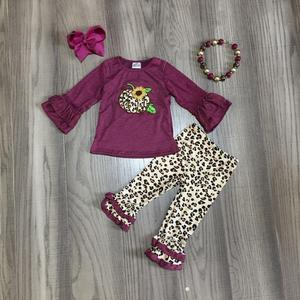 Image 1 - סתיו/חורף תינוק בנות ילדי בגדי בוטיק כותנה סט תלבושות יין נמר דלעת ראפלס מכנסיים התאמה אביזרים