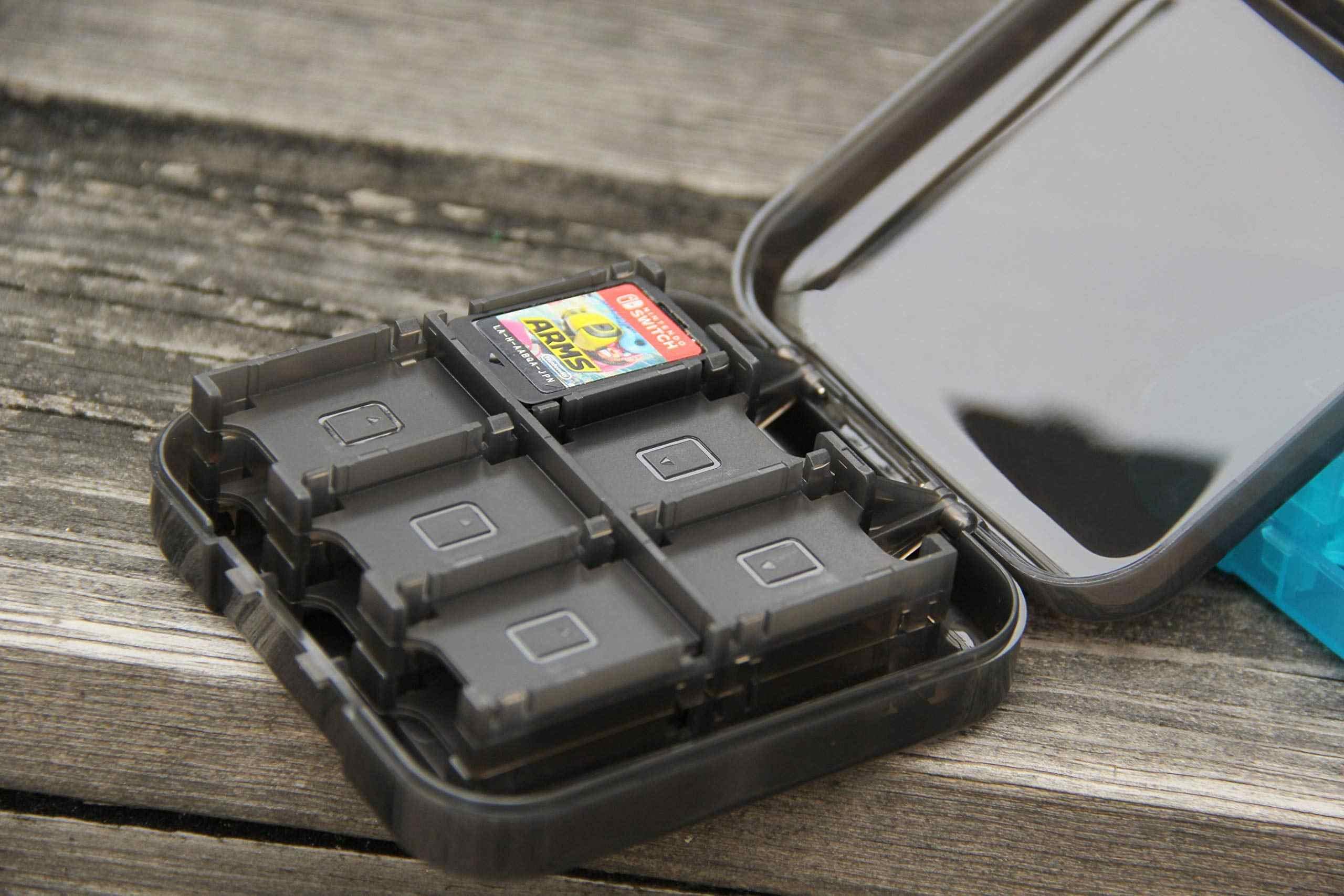Estuche de tarjetas de juego Nintend, Mini estuche rígido portátil para Nintendo Switch, interruptor de accesorios de viaje, caja de almacenamiento de tarjetas de juego