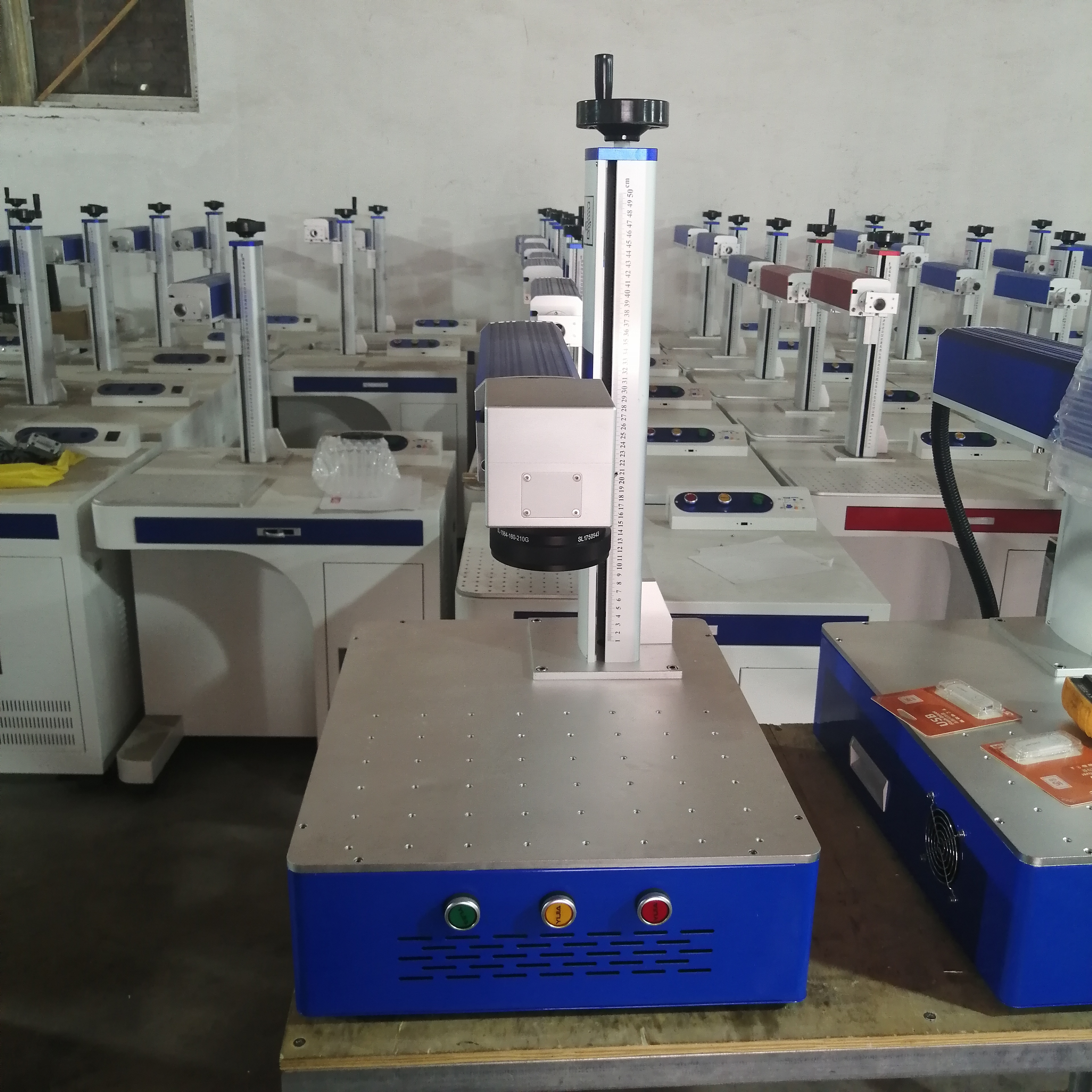 LCSPEAR 50W Fiber Laser Marking Machine With Rotary And Power Cable 2