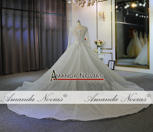 Image 2 - Heavy beading long sleeves wedding dress off white color custom order high quality bridal dress