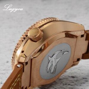 Image 4 - Lugyou san martin bronze mergulho relógio masculino automático moldura cerâmica 300m resistente à água pulseira de couro de safira com peça final sln
