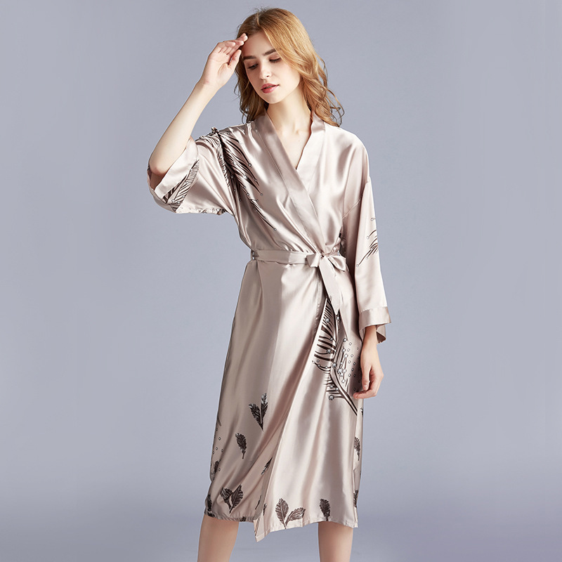 New Dressing Gowns For Women Faux Silk Kimono Bathrobe Women Satin Bridesmaid Robes Sexy  Print Bathrobe