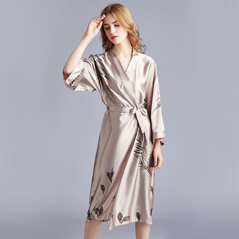 New Dressing Gowns For Women Faux Silk Kimono Bathrobe Women Satin Bridesmaid Robes Sexy  Print Bathrobe
