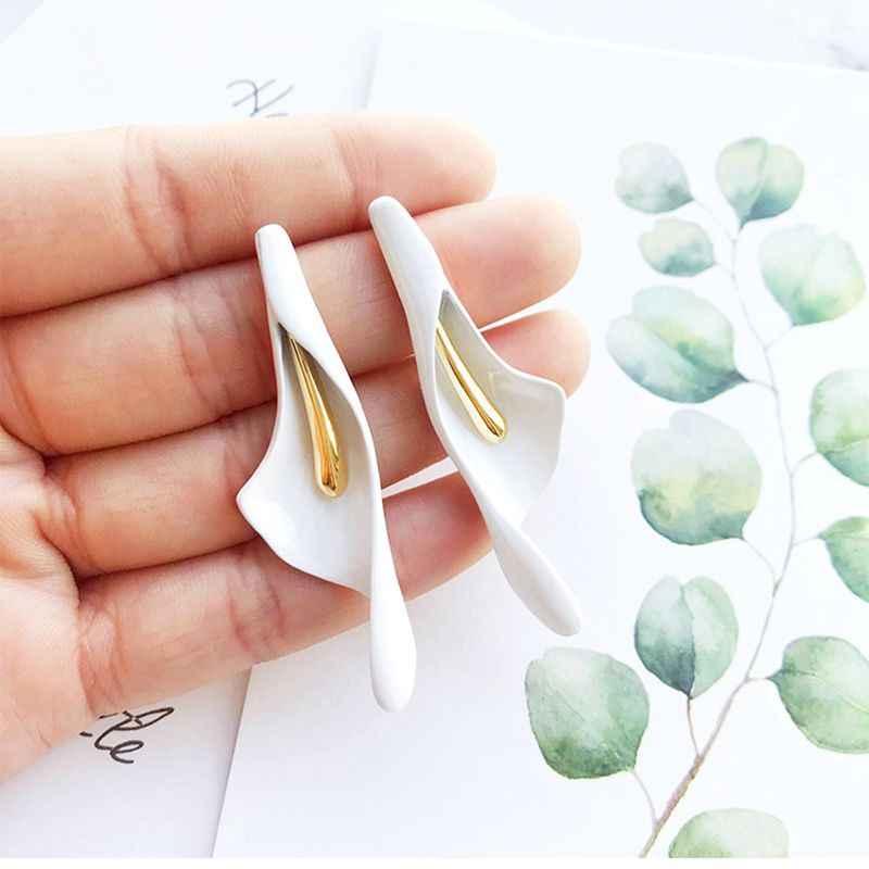 925 เงินสีขาว Calla Lily ดอกไม้ต่างหูยาวสตั๊ด Creative Exaggeration ภาษาฝรั่งเศสคำสไตล์ต่างหูสำหรับเครื่องประดับสตรี