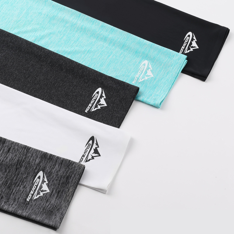 UPF50+ Triangle Scarf Cooling Traceless Half Face Mask Men Women Face Shield Bandanas for Summer Outdoor Sport Cycling Hiking 2