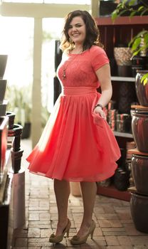 Plus Size Special Scoop Chiffon Lace Prom Gowns Short Sleeves Knee Length Party вечерние платья Bespoke Occasion Dresses цена 2017