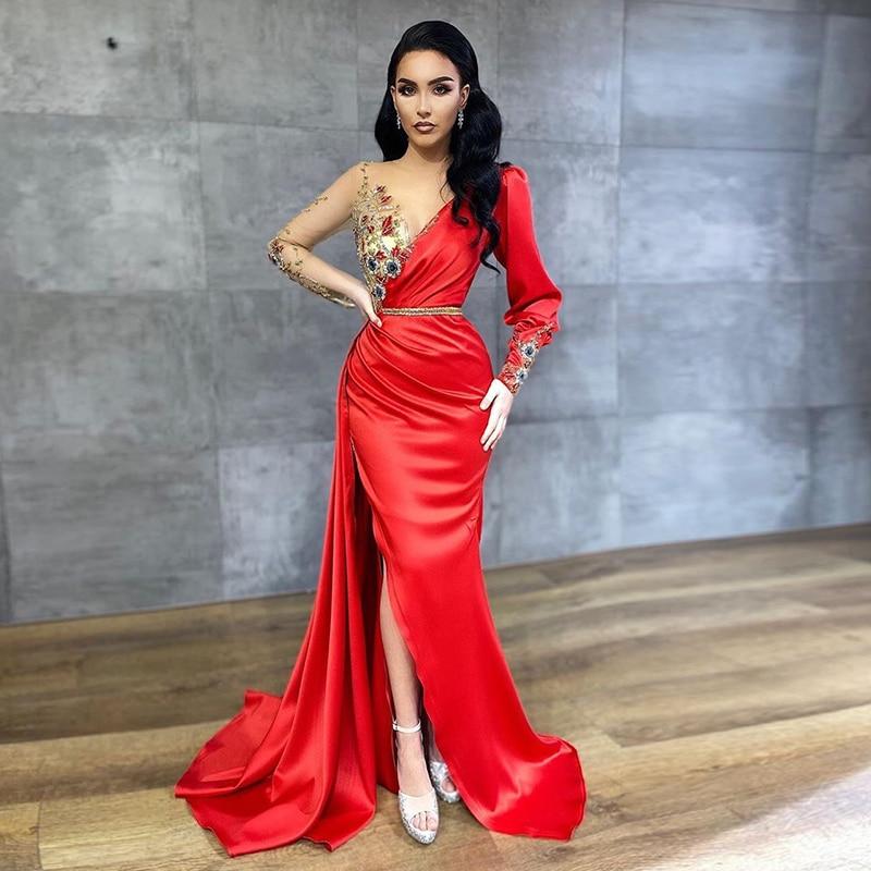 Long Sleeve Arabic Evening Dresses Red Beaded Dubai Prom Gown Side Split Satin Pleats Mermaid Custom Made Party Dress
