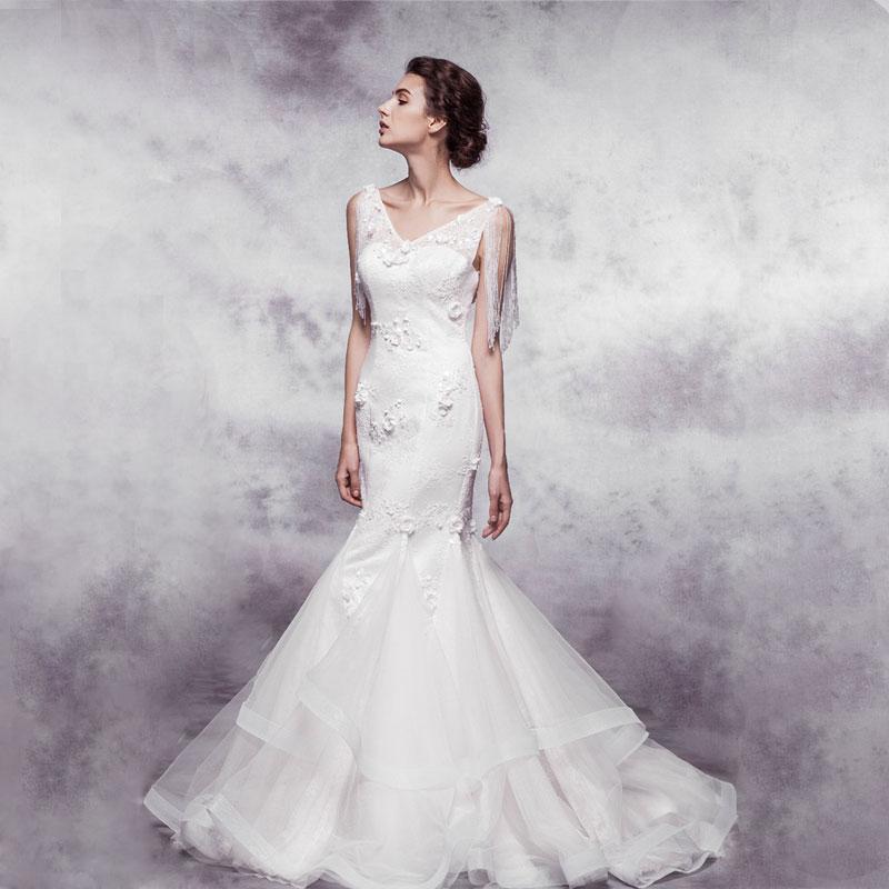 Sexy Backless V-neck Lace Sequined Mermaid Vintage Wedding Dress Bride Dresses 2015 Vestido De Noiva Casamento Button Beading