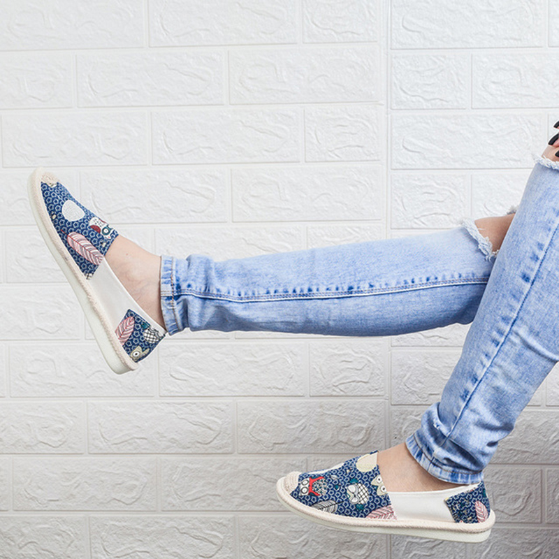 2019 ladies white sneakers casual shoes summer couple printing fashion flat shoes vulcanized women 39 s shoes Zapatos De Mujer in Running Shoes from Sports amp Entertainment