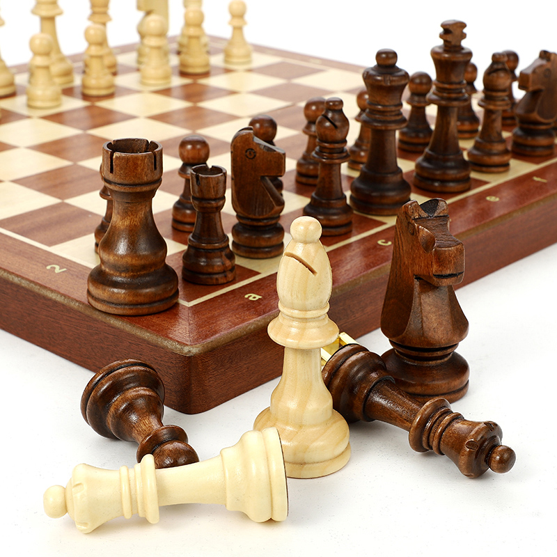 Wooden Chess Set High Grade 4 Queen Chess Game King Height 80mm Chess Pieces Folding 39*39 Cm Chessboard With Wooden Chessmen I8