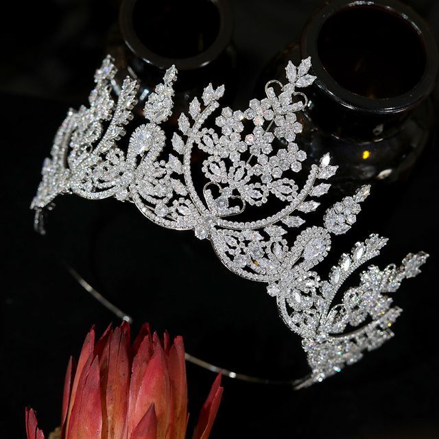 European-style crystal crown tempe
