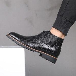 Image 1 - Homens botas de couro grande Size38 48 laço acima botas de cowboy homem sapatos masculinos à prova de água botas novas sapatos de plataforma botines hombre