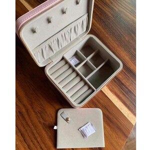 Новинка 2020, витрина, Темпераментная Женская коробка для хранения ювелирных изделий, защита дисплея, подарочные сумки, роскошный бренд, пери...