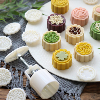 6 Style Mooncake Mold Hand Pressure Fondant Flower Shape Moon Cake Mould Decorating Tools Cookie Cutter DIY Pastry Baking Tool
