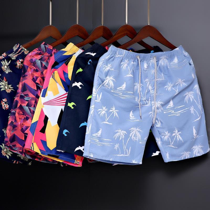 2020 New Summer New  Casual Shorts Loose Men's Black Printed Streetwear Waist Bermuda Shorts Men  Beach Pants