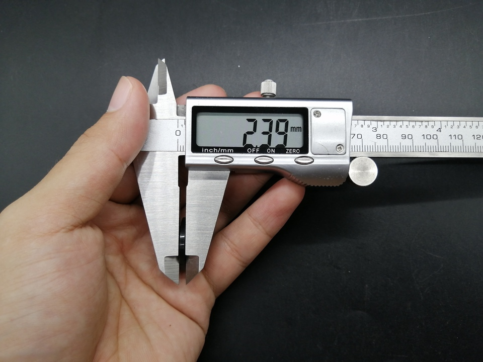 I920 (12)