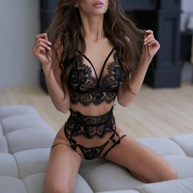 New Lace Sexy Lingerie Transparent Hot Porno Lace Erotic Underwear Sexy Bra Set And Garter Lingerie Sexy Hot Erotic Sleepwear 2