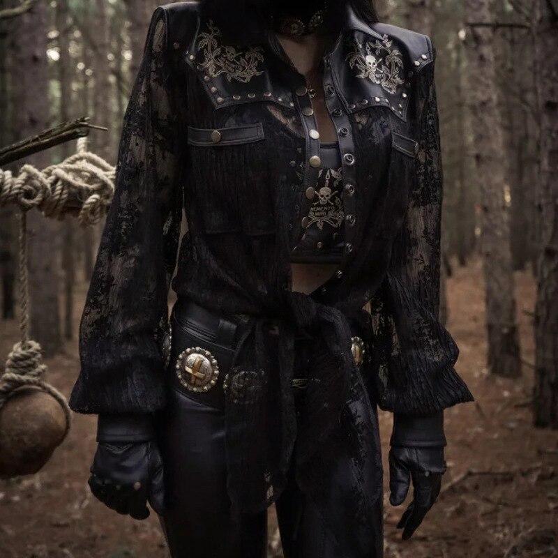 2019 femmes gothique dentelle Blouse voir à travers maille transparente à manches longues hauts en cuir PU Vintage Patchwork Punk Rivet chemises victoriennes