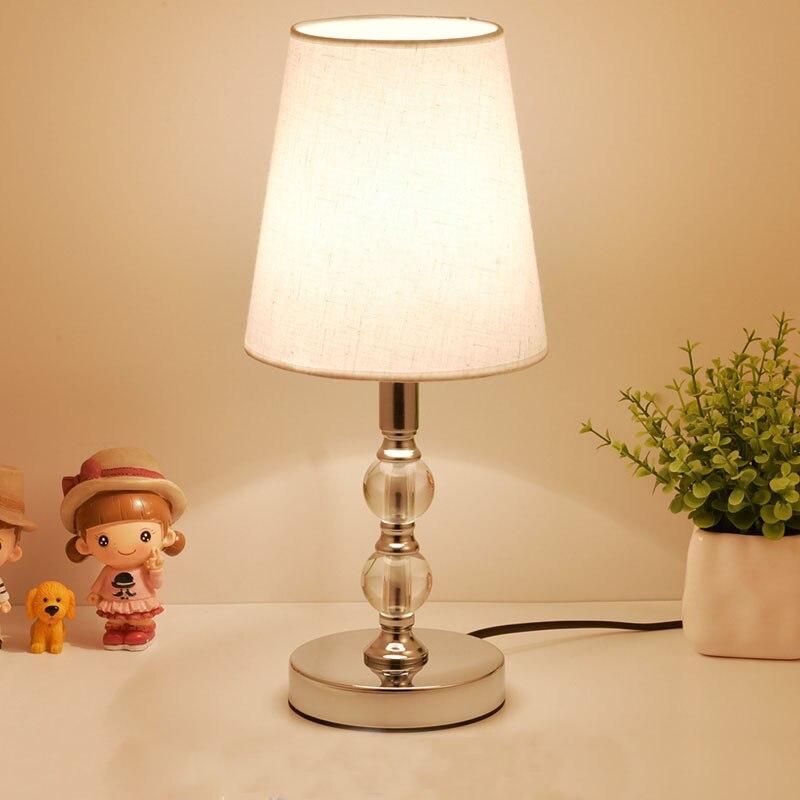 クリスタルテーブルランプ LED ベッドサイドランプ北欧デスクランプベッドルームのリビングルームの照明研究ブックライト化粧テーブルライト E27 EU プラグ