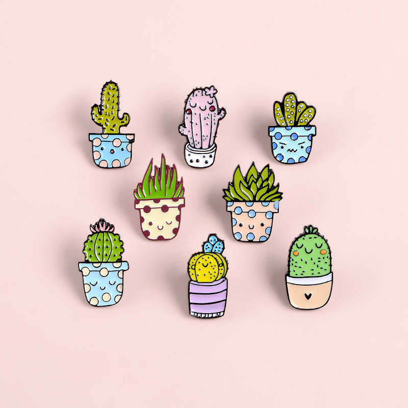 Smiley Cactus Potted Metal Enamel Brooch Cartoon Expression Succulent Plant Badge Pin Cute Trendy Coat Backpack Jewelry Gift