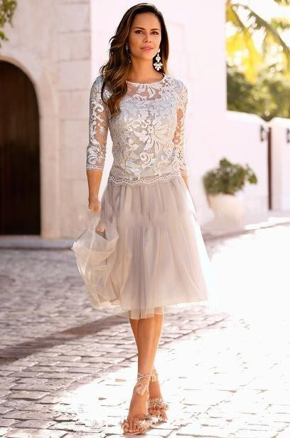 3/4 Sleeves Mother Of The Bride Dresses A-line Knee Length Tulle Lace Plus Size Short Groom Mother Dresses For Wedding