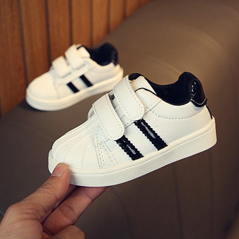 Новинка; Мягкая Повседневная обувь для малышей; Прогулочная обувь для мальчиков и девочек; Нескользящая детская обувь унисекс для новорожденных; Цвет черный, красный, золотистый|Обувь для детей с мягкой подошвой| | АлиЭкспресс